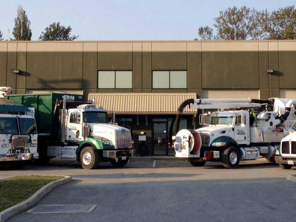fleet of valley waste & recycling trucks